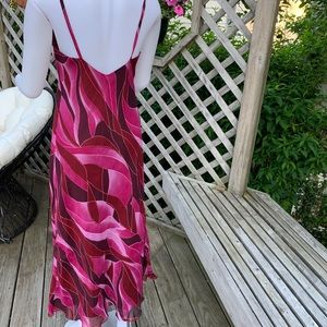 Dresses - Timeless summer dress in shades of magenta & pink